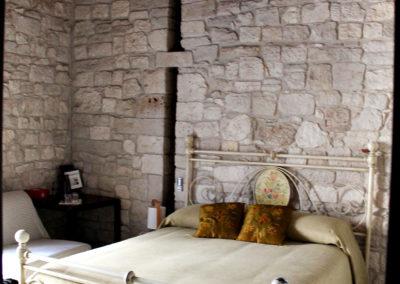 bed-amleto-corto-maltese-01