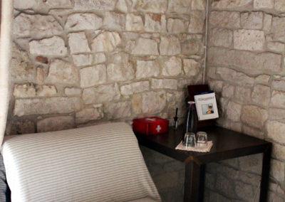 bed-amleto-corto-maltese-02